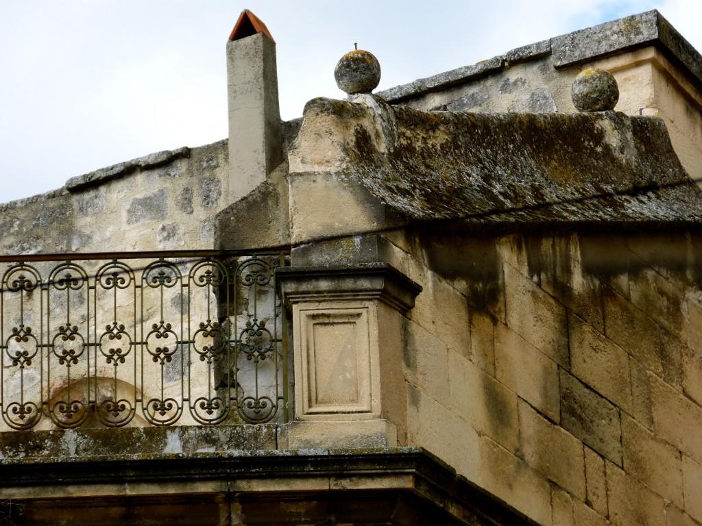 galerie de balcons Arles photo de Carol Martin pour Arles Gallery