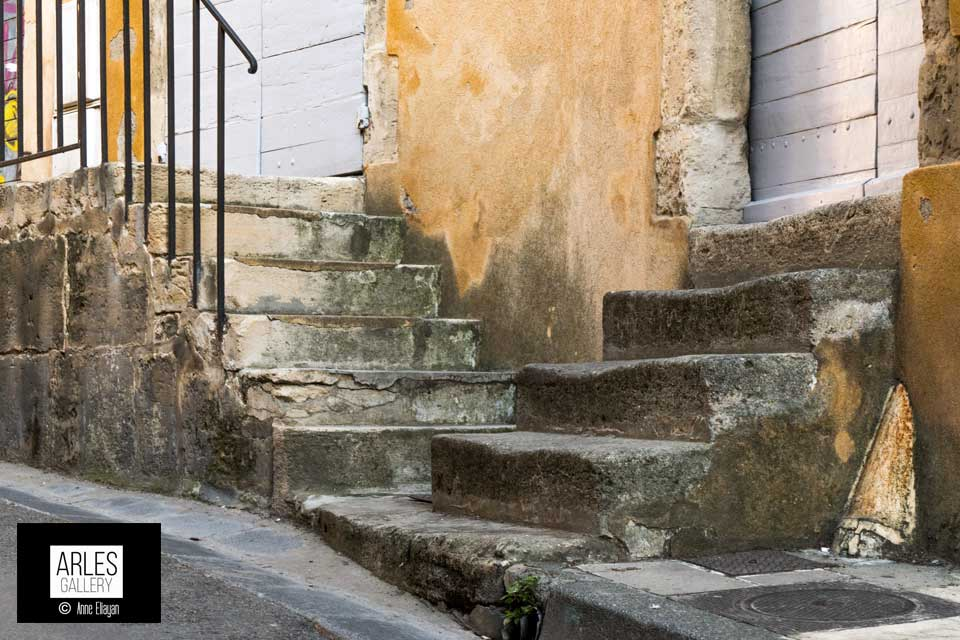 anne-eliayan-escaliers-rue-des-arenes
