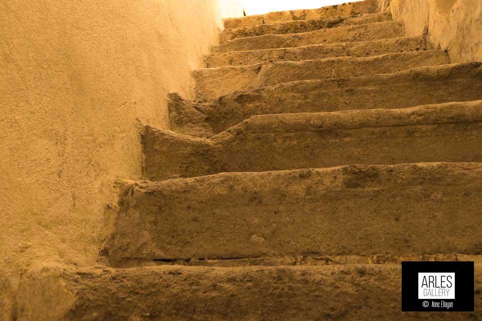 escaliers-rue-de-la-lilberté-anne-eliayan-arles