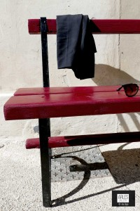 lunettes-banc-Arles-Gallery