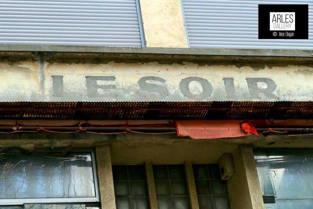 rue-jean-jaures-arles-galerie-photos-anne-eliayan
