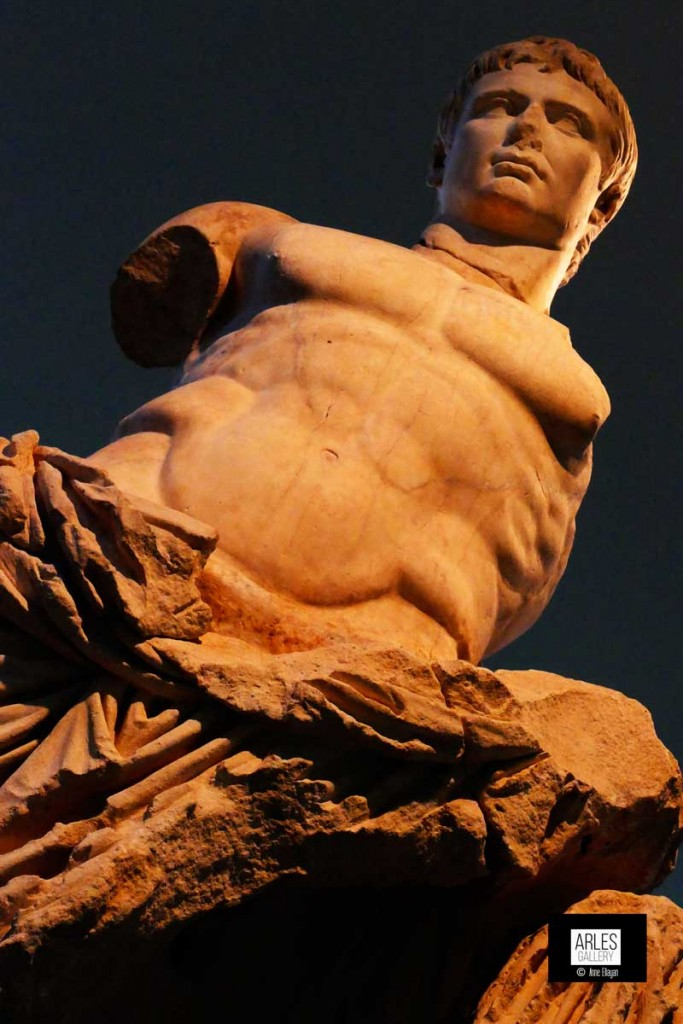 statue-musee-arles-antique-anne-eliayan