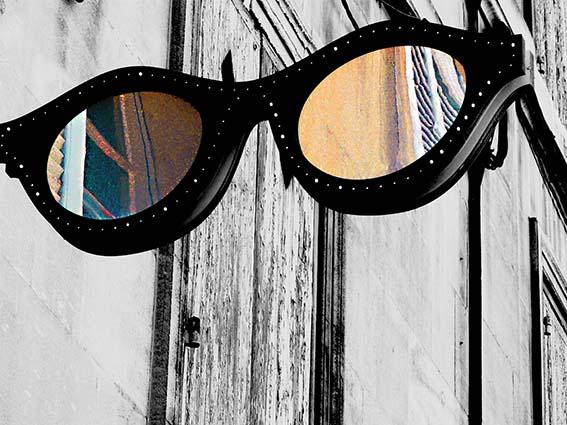ARLES GALLERY lunettes rue de la ré P1200275 xs