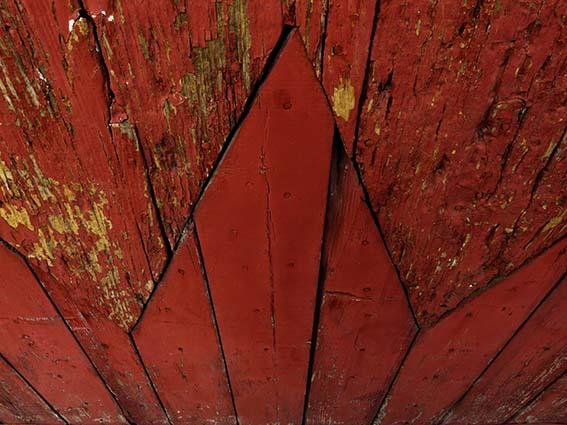 ARLES GALLERY porte rouge P1170915 xs