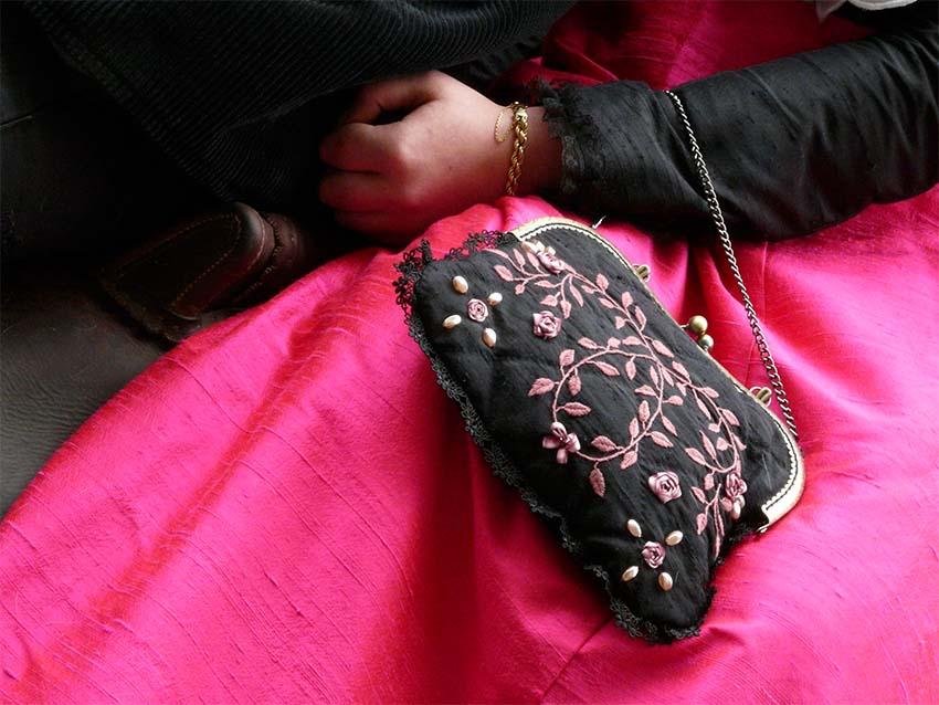 Arles, en rose et noir