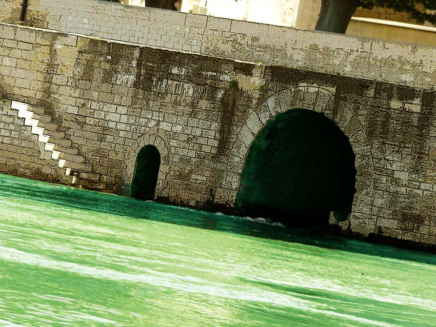 Le canal de Craponne arrive là