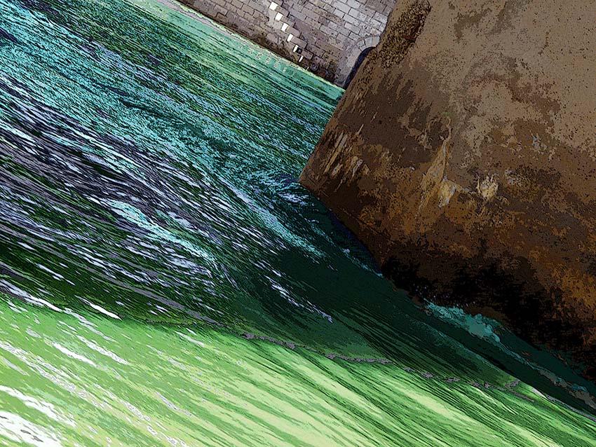 De l'eau sous les ponts