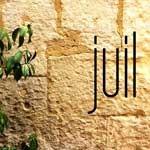 juillet-jaune-mur