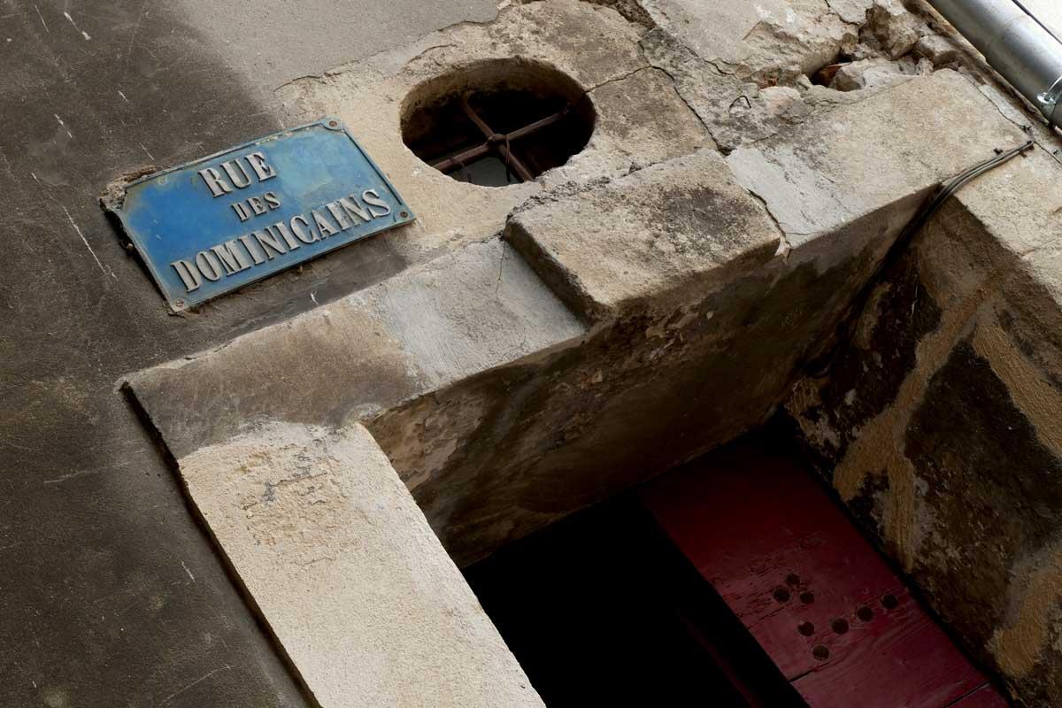 rue-des-dominicains-plaque
