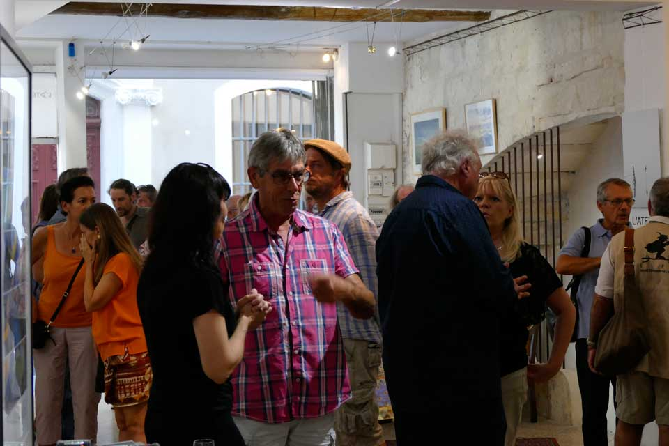 anne-eliayan-arles-gallery-vernissage-les-photos-de-van-gogh-25