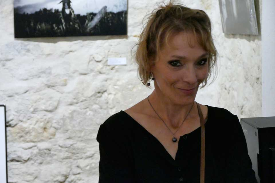 anne-eliayan-arles-gallery-vernissage-les-photos-de-van-gogh-4